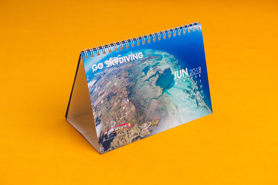 Skydive Mauritius table calendar, printed by Précigraph