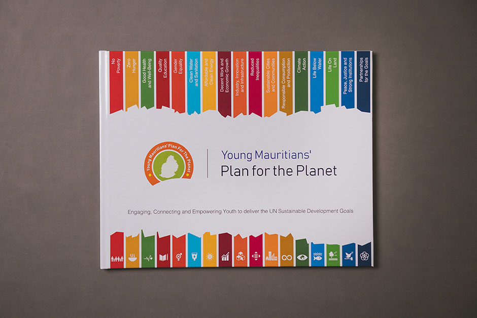 Young Mauritians' plan for the planet book, printed by Précigraph